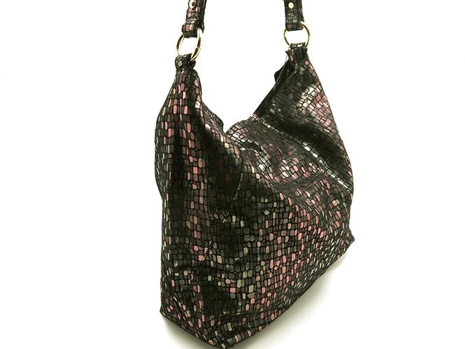 0555f929f112 Излишне говорить, что долго эти сумки в продаже не задержатся. Поэтому,  если не хотите опоздать, звоните в наш магазин или закажите сумку с сайта.  Ждем Вас!